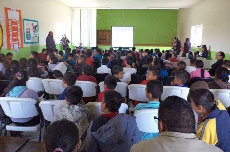 Imparten conferencia contra el bullying en la escuela Juan de dios peza en Galeana | El Puntero