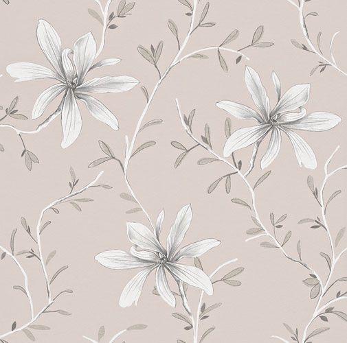 Rogivande tapet med stilrent slingrande blommönster i olika grå nyanser på pastellrosa botten från kollektionen Flora 897722. Klicka för att se fler blommande tapeter för ditt hem!
