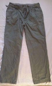 Men's vintage L.L. Bean olive green plaid lined outdoor pants size 32x32