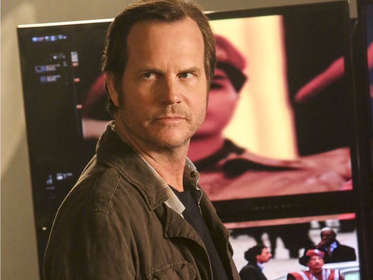 'Training Day' star Bill Paxton explains how the show is a 'departure' from the movie