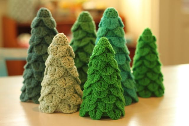 ergahandmade: Crochet Christmas Tree + Free Pattern