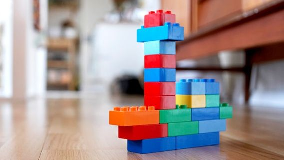 10 idées pour qu'un enfant s'amuse seul