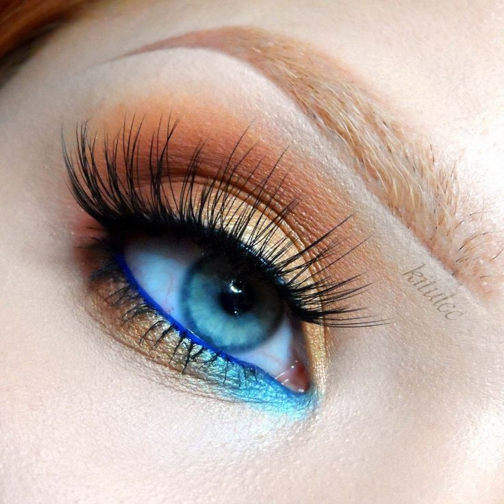 Inspired by the vibrant tones of a summertime lagoon, this look combines warm golds and cool blues for a look that's ideal for our blue eyed Makeup Geeks.  Products Used: Makeup Geek Eye Shadows in Chickadee, Cocoa Bear, Gold Digger, Mermaid, Frappe, Makeup Geek Gel Liner in Electric