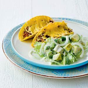 Recept - Avocadosalade met gebakken taco's - Allerhande