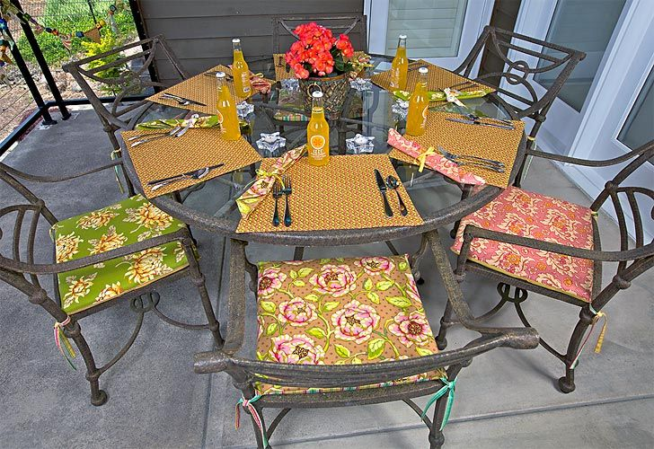 How to make cushions for patio chairs...i AM SO DOING THIS!!!! ive been looknig for some.but they are just too costy. and i want the ones that have the back on them too.so extra costy!. hubby will be excited to know that he wont be paying for new ones. i jjust need to find where i can get some of this NU-Foam???