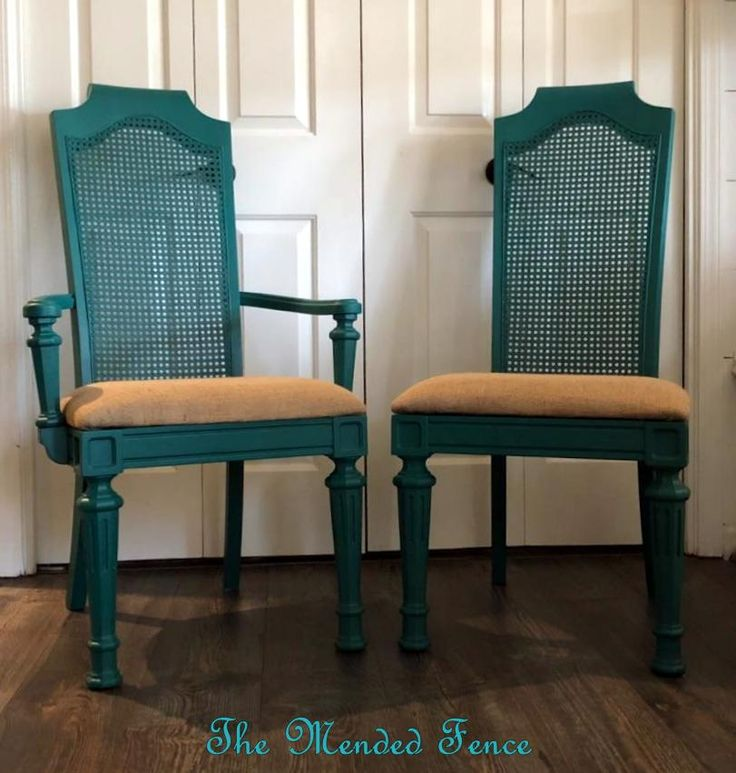 Painted in Renfrew Blue Fusion Mineral Paint, these pieces are perfect for a fun pop of color! The pair of chairs feature a Mediterranean flair with cane backs and gorgeous detailed legs. The seats are covered in versatile burlap.   #themendedfence #brassbear #fusionmineralpaint #renfrewblue #paintitbeautiful #chairpair #chairs #burlap #paintedfurniture #diy #newtoyou