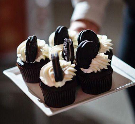 Recette de cupcakes anniversaire facile à réaliser : le cupcake Oreo c'est une idee de gâteau anniversaire original. Yummy...