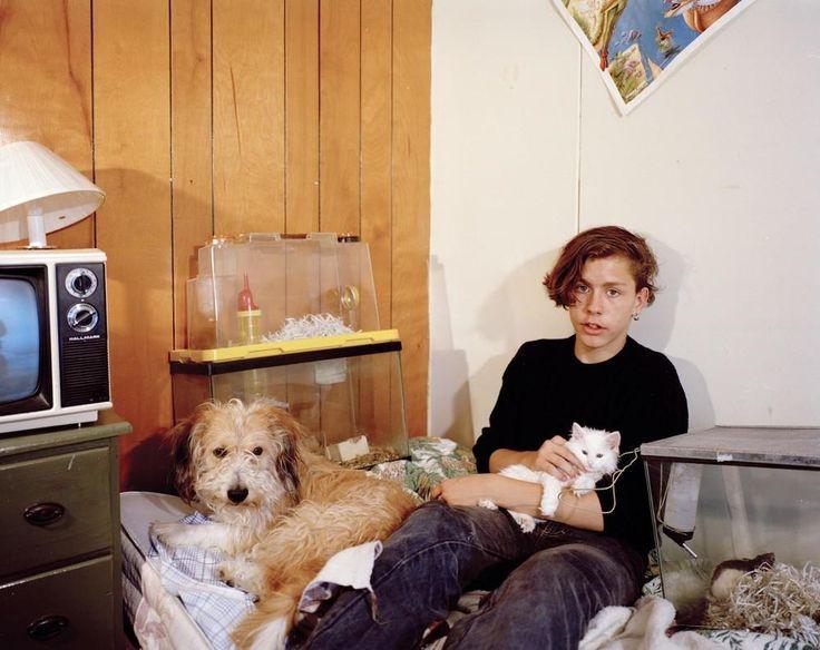 Μια Ματιά στα Δωμάτια των Νέων της Δεκαετίας του '90