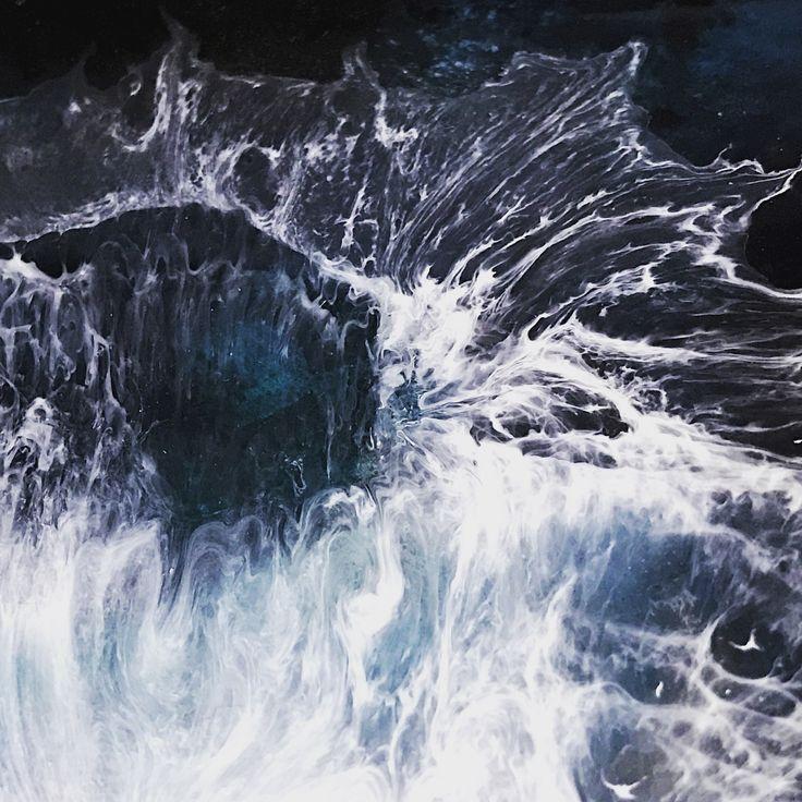 Waves in resin