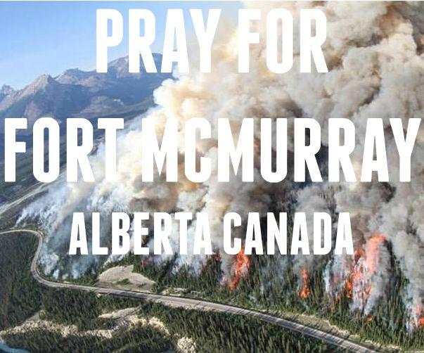 Devastating wildfire in Fort McMurray, Alberta, Canada #wildfire #fortmac #fortmcmurray #fortmacfire #prayforfortmac #alberta #canada