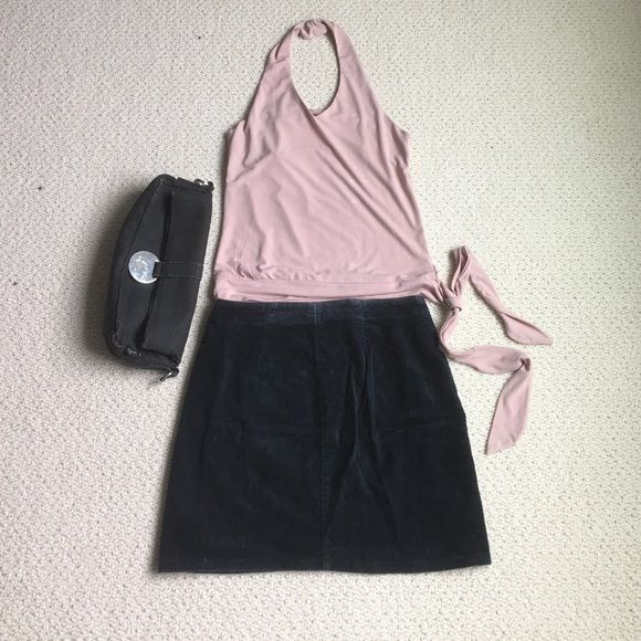 """United Colors of Benetton Skirt This listing is for the skirt only. It is a velvet mini skirt in size 27. The length is approximately 15"""". Enjoy beauties! United Colors Of Benetton Skirts Mini"""