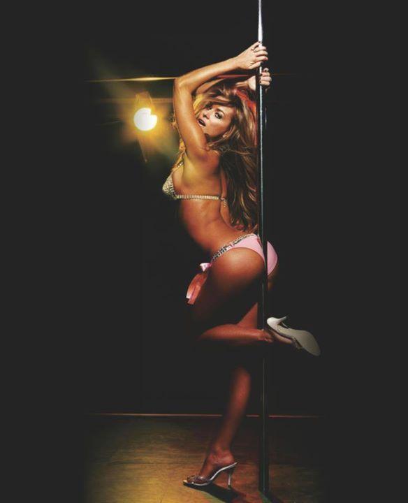 Vi ska arrangera din svensexa, pole dance shows och andra slags fester.  I vår nattklub i Warszawa erbjuds ett hav av möjligheter – svensexor, möhippor, privata fester, födelsedagsfester, företagsfester, dryckesprovningar, pole dance shows, danskurser, en middag för två och många andra, som bara väntar på att upptäckas.  http://www.neworleans.pl #nattklubbwarszawa #poldanswarszawa #restaurangwarszawa