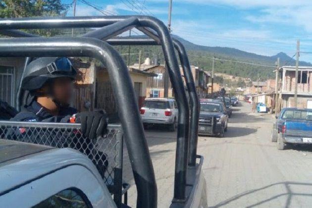 Entre los resultados, los agentes recuperaron una camioneta Chevrolet, tipo Pick Up, color blanco, con reporte de robo y aseguraron un vehículo Ford, línea Topaz, sin reporte de robo – ...