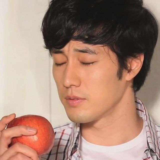 So Ji sub taking his time for a role #sojisub #sojisubofficial