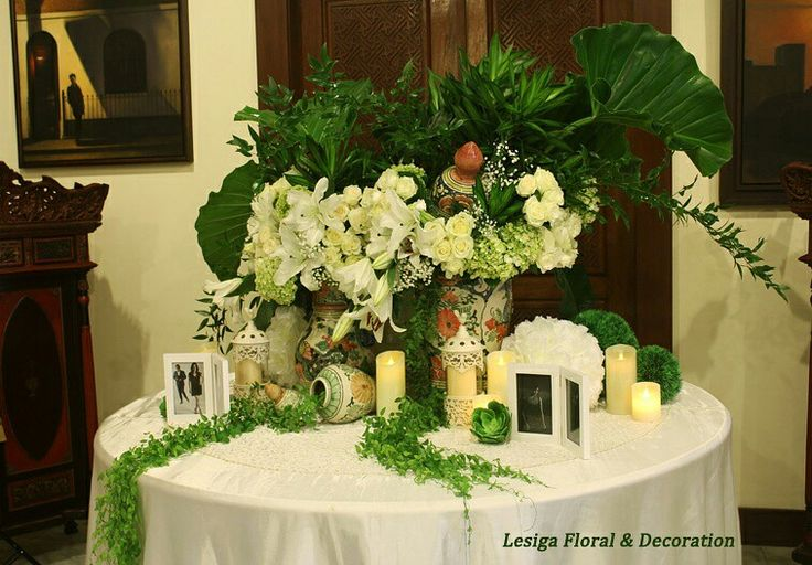 Rangkaian dekorasi bunga meja center pieces
