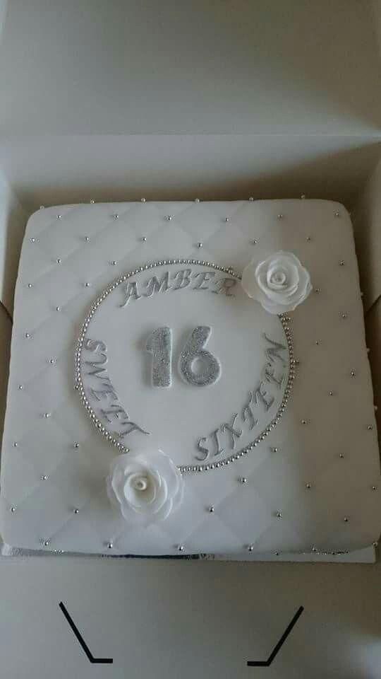 Sweet Sixteen white/silver cake