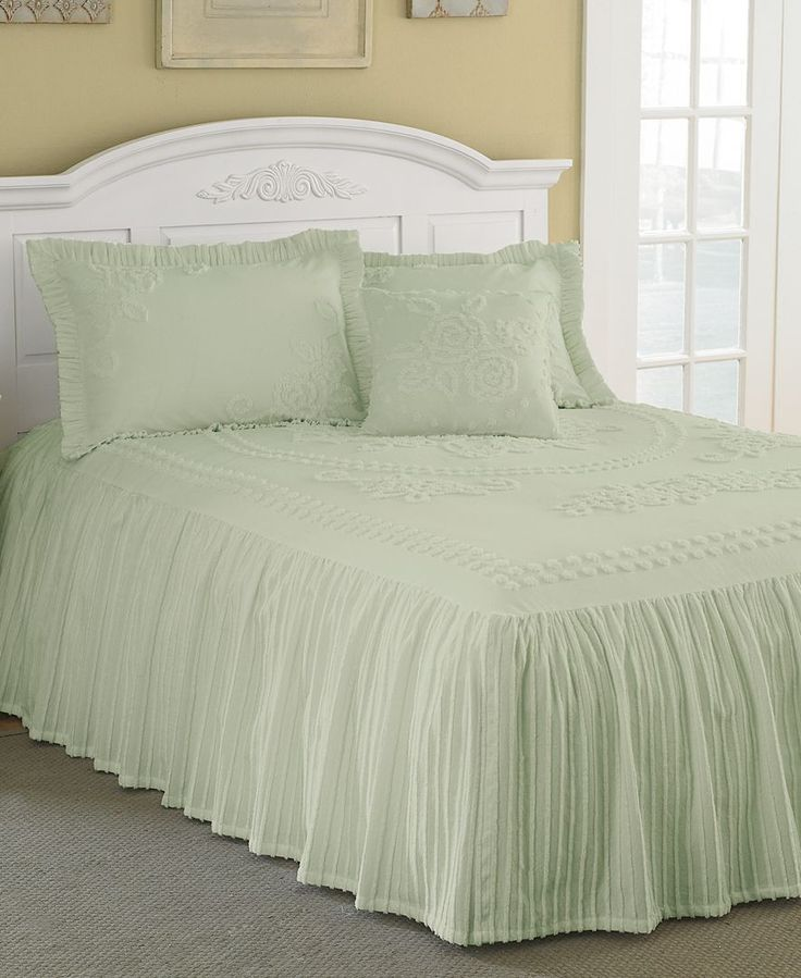 twin chenille bedspread chenille tufted bedspread furniture 2989