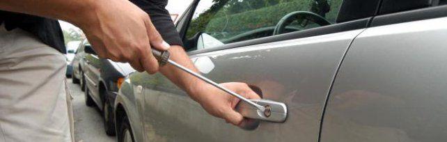 Rubate ogni giorno quaranta auto in Sicilia è la Panda il modello preferito dai ladri