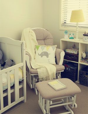 The 5 Best Glider Nursery Chairs: Mom's Choice