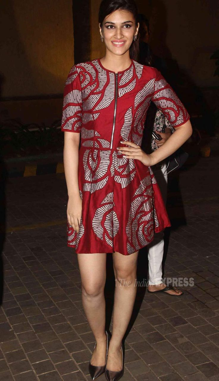 Kriti Sanon at #Dilwale's music success bash.