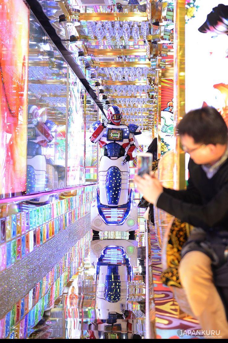 robotrestaurant※ 1000yen discounted coupon by JAPANKURU (Please show this post) #robotrestaurant #japankuru #cooljapan #100tokyo #tokyo #japan #shinjuku #robot #kabukicho #show