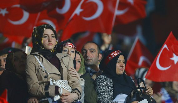 2/28/17 Turkey's government has enacted a series of economic measures to woo voters ahead of a key constitutional referendum, but the threat of the economic crisis is far from over