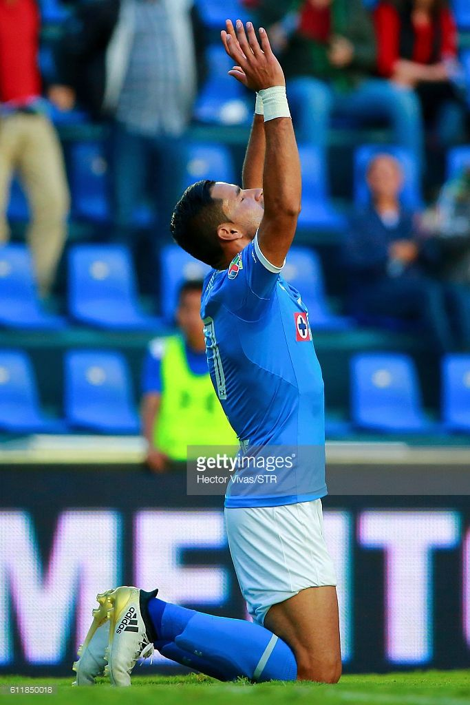 Jorge Benitez of Cruz Azul celebrates after scoring the fifth goal of his team during the 12th round match between Cruz Azul and Veracruz as part of the Torneo Apertura 2016 Liga MX at Azul Stadium on October 01, 2016 in Mexico City, Mexico.