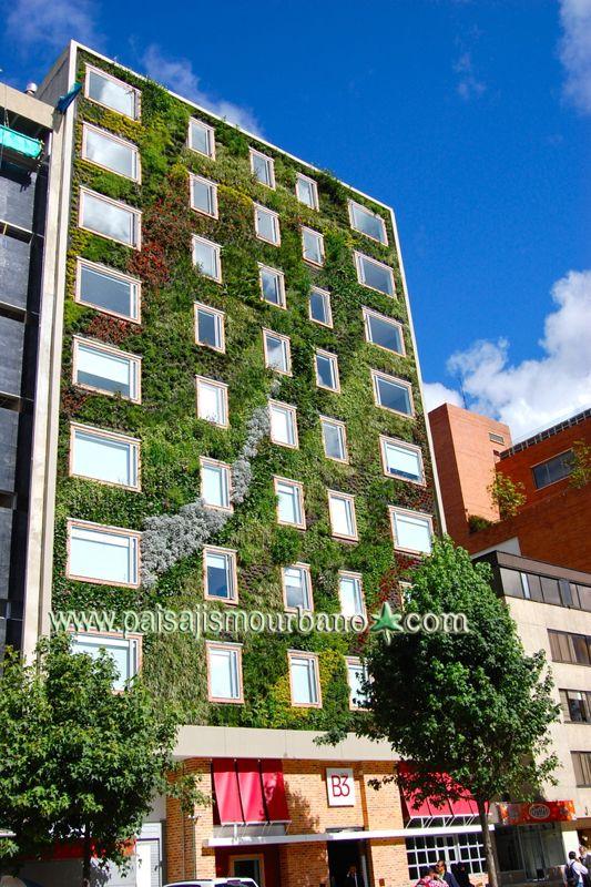 Fachada vegetal en el Hotel Gaia B3 en Bogotá,Colombia.