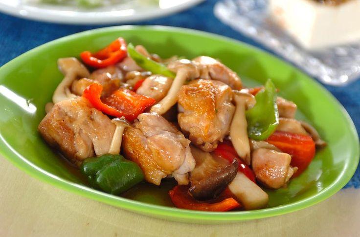 鶏とキノコのバターじょうゆ炒めのレシピ・作り方 - 簡単プロの料理レシピ | E・レシピ
