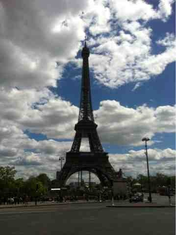 The Pink Point: From Paris, with like. #Travel #Paris #Eiffel Tower #Louvre #French