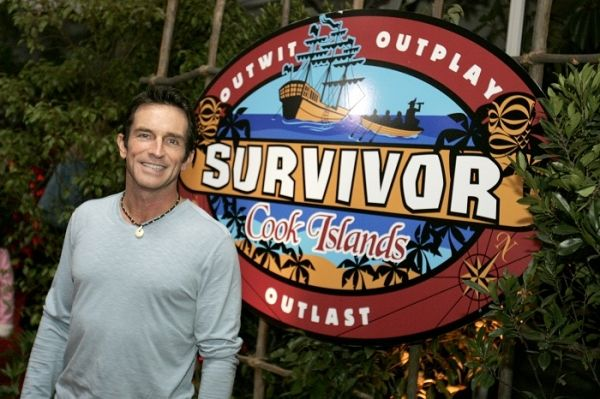 jeff probst with survivor players | Survivor Cast Announcement and New Twists Revealed in The Philippines ...