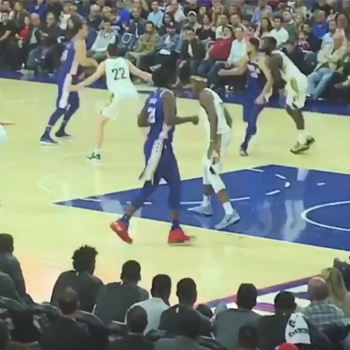 Ben Simmons jersey tears in half when Lance Stephenson barely tugs on it