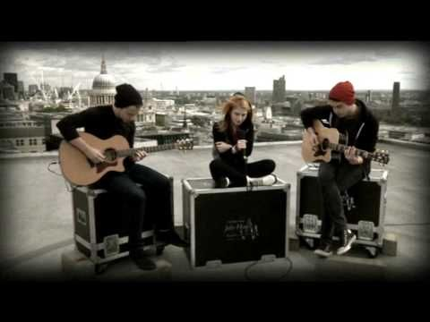 Paramore Decode (acoustic) Live 27th Sept 09 - YouTube