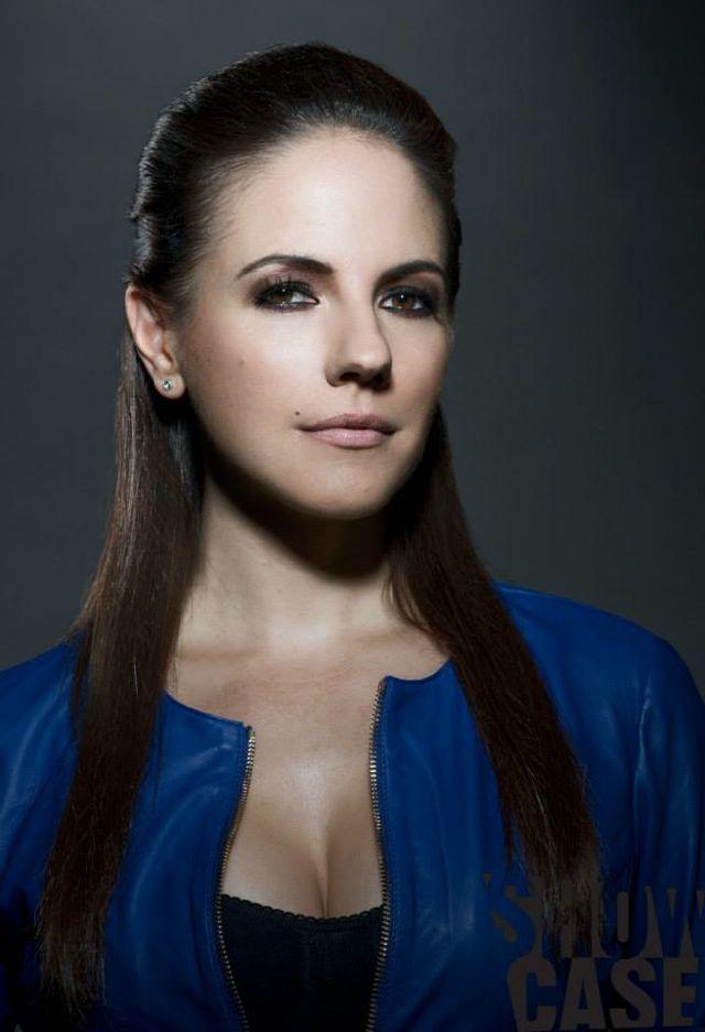 Anna Silk, Bo   Lost Girl   Season 4 Promo