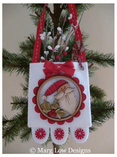 Simple-Joys Marg Low designs & Theodora Cleave decoration