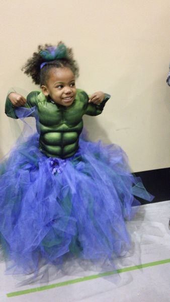18 Badass Girls Who Skipped Princess Costumes - this cutie is rockin' that tutu with a Hulk costume! So awesome.
