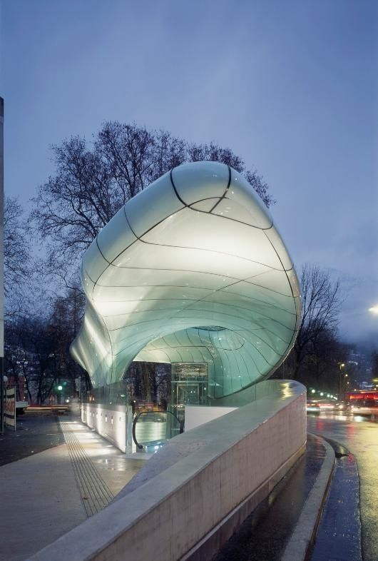 Nordpark cable railway station in innsbruck by zaha hadid for Interior design innsbruck
