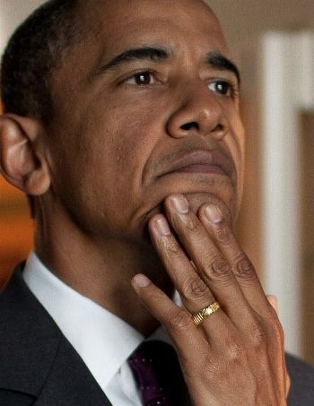 Obama's ring: 'There is no god but Allah'... He's worn band on wedding-ring finger since before he met Michelle... | RedFlag News