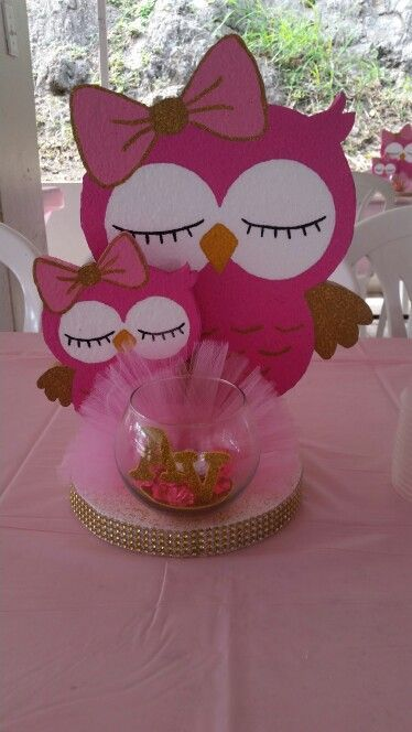 Best 25 owl centerpieces ideas on pinterest owl party for Baby shower owl decoration ideas