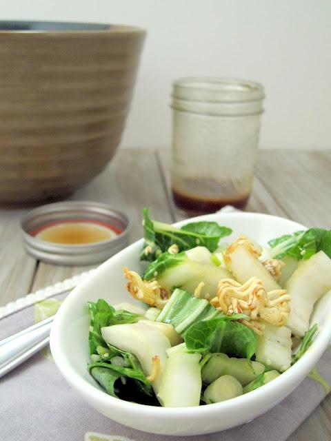 Crispy Bok Choy Ramen Salad: Salad Artsandcrafts, Choy Ramen, Ramen Noodles, Crispy Bok, Bok Choy, Crispy Ramen, Ramen Salad, Ramen Croutons, Choy Salad