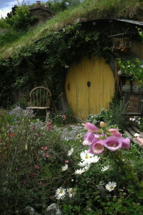 About Hobbit Houses On Pinterest Hobbit New Zealand And Cool Houses
