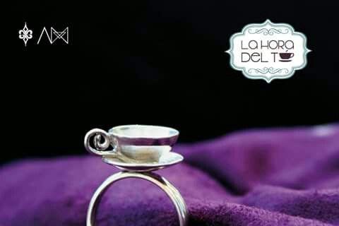 Taza plata 925, anillo, la hira del té, AMESTUDIO, colaboración ELY G. JOYERÍA