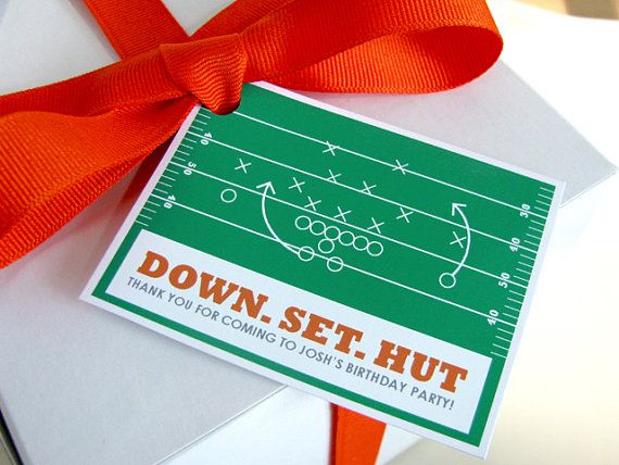 This football favor tag is perfect for any football party! www.ellisonreed.etsy.com #party #football #DIY