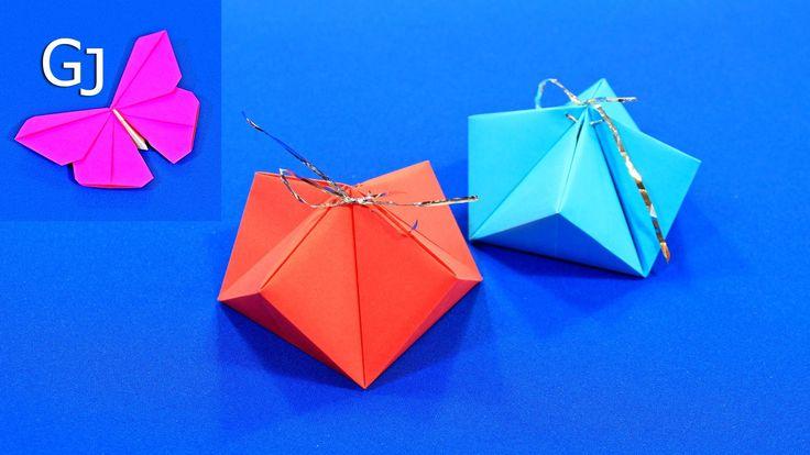 Красивая оригами коробочка для новогоднего сюрприза.