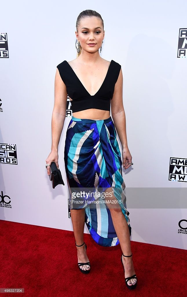 Actress Olivia Holt attends the 2015 American Music Awards at Microsoft Theater on November 22, 2015 in Los Angeles, California.  (Photo by Frazer Harrison/AMA2015/Getty Images for dcp)