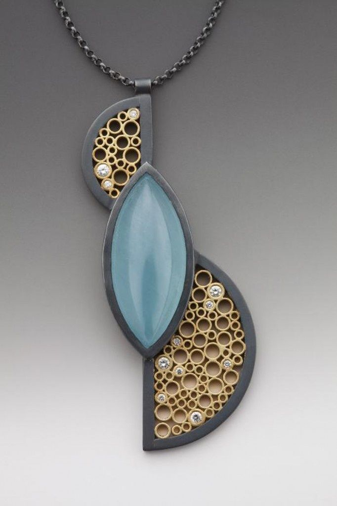 Necklace by Belle Barer. LOVE that gold metalwork! Translate to polymer clay? | Art of jewelry
