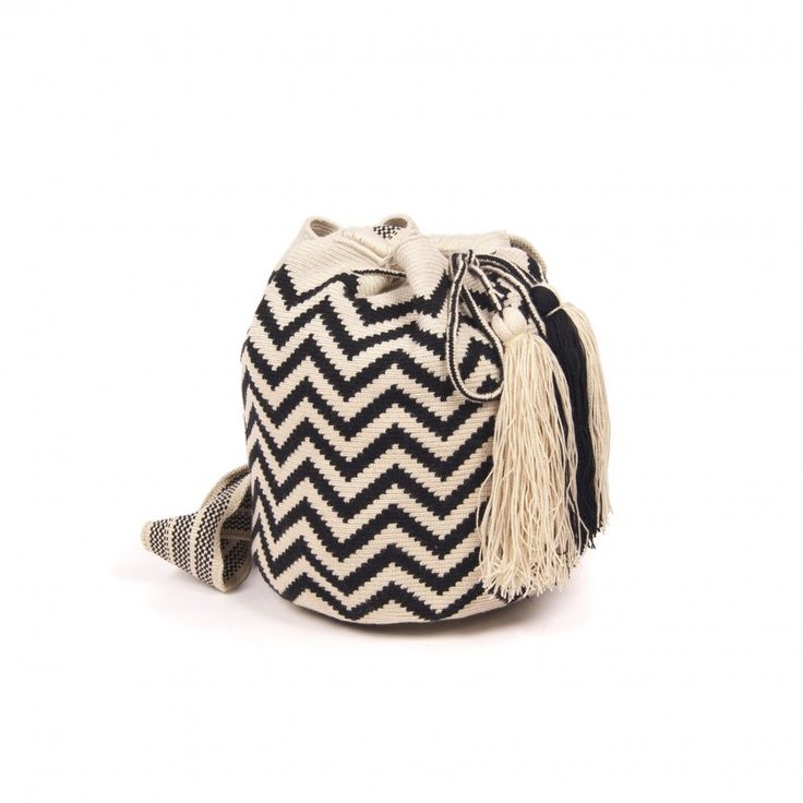 Black and White Wayuu Bag