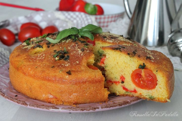 Torta soffice con tonno e peperoni