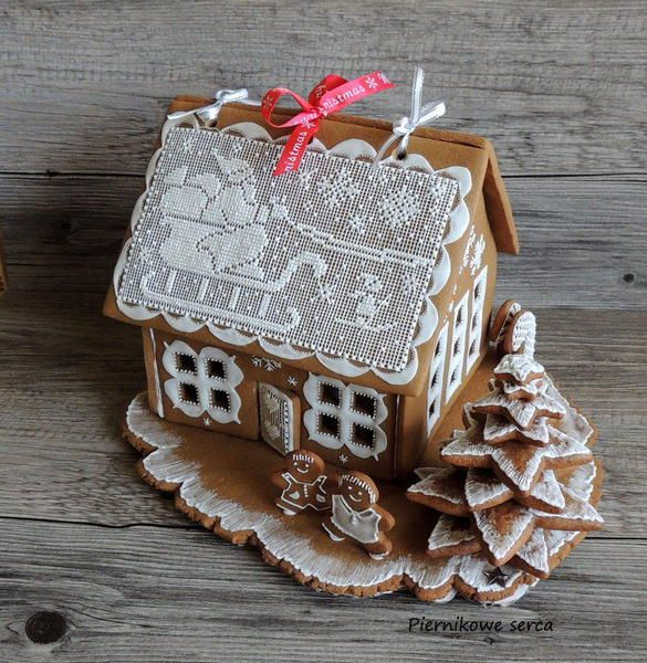 Gingerbread House (page 1)