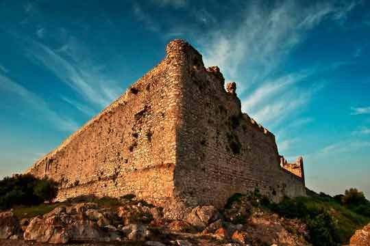 VISIT GREECE| Castle of Chlemoutsi  #chlemoutsi #greekcastles #Greece #peloponnese